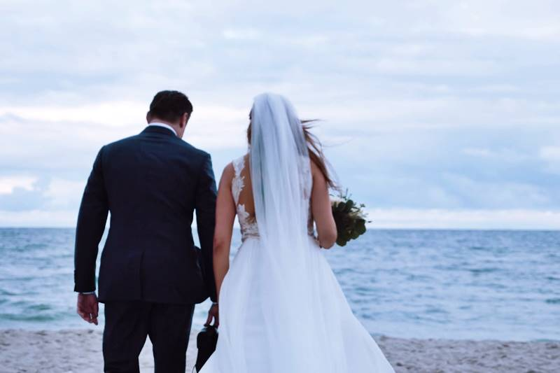 Bali Cab Driver's Tips for Beach Wedding Planning 2