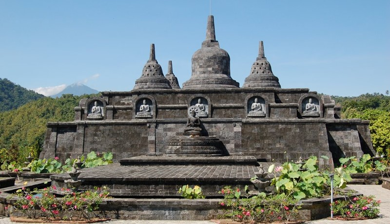 Hire Bali Driver to Explore North with Brahma Arama Wihara Visit 4
