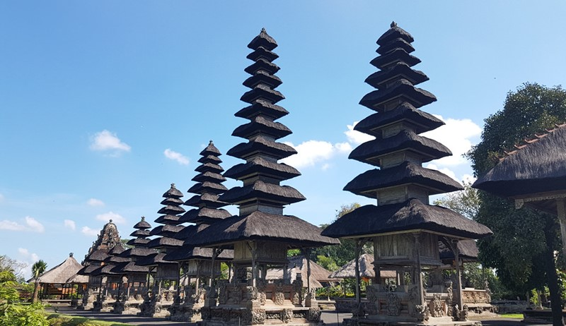 A Journey to the Lake Temple of Fertility-Ulun Danu with Private Bali Driver 3