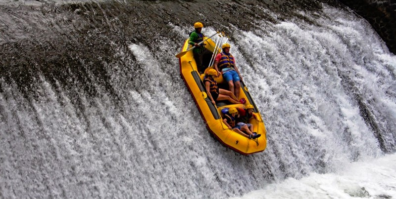 Telaga Waja Rafting, Leisure Rafting Activity for the Whole Family 4